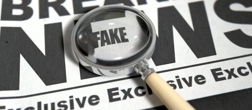 foto simbol, fake news