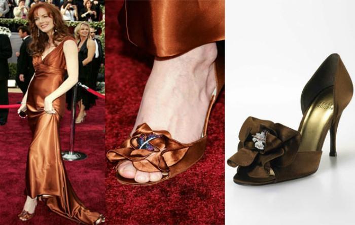 "Pantofii ""Rita Hayworth"" realizaţi de Stuart Weitzman"