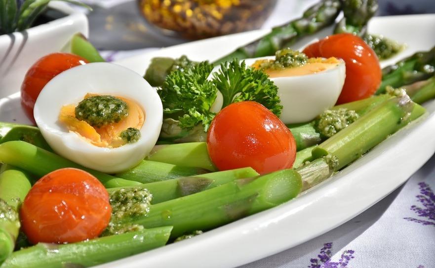 Ouăle dietetice oferă saturaţie organismului datorită faptului că conţin mulţi compuşi de proteine.