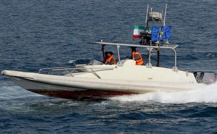 Şalupă a Gărzilor Revoluţionare Iraniene