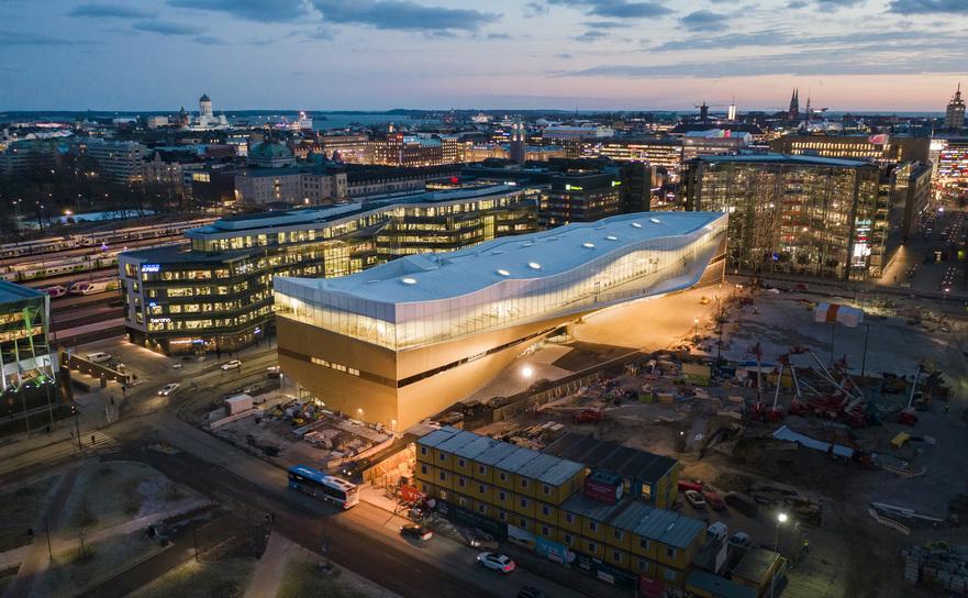 Biblioteca Centrala Oodi, Helsinki, Finlanda.