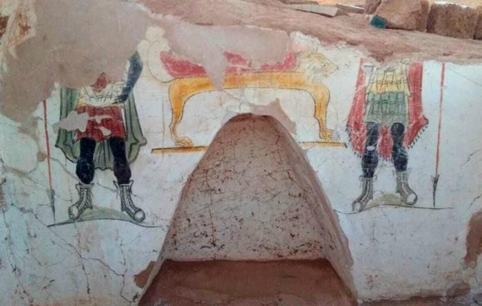 Morminte egiptene care datează din perioada romană