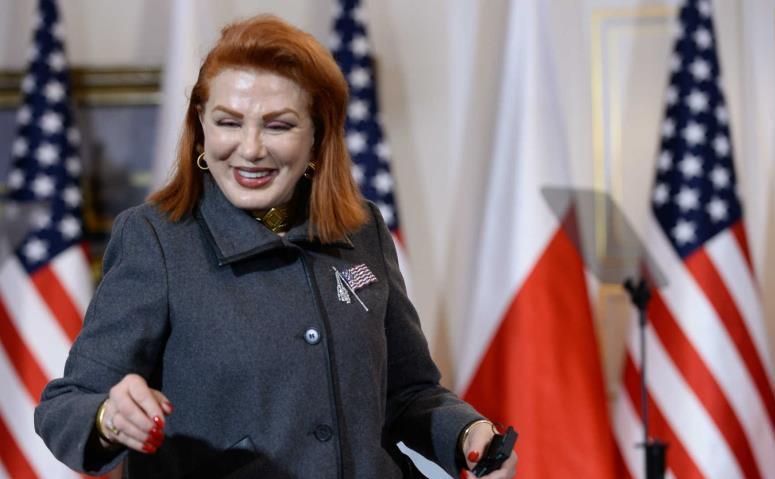 Ambasadoarea SUA în Polonia, Georgette Mosbacher