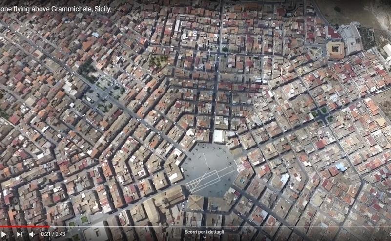 Orasul italian Grammichele din regiunea Catania, Sicilia, este unul dintre putinele orase din lume care au aspect hexagonal.