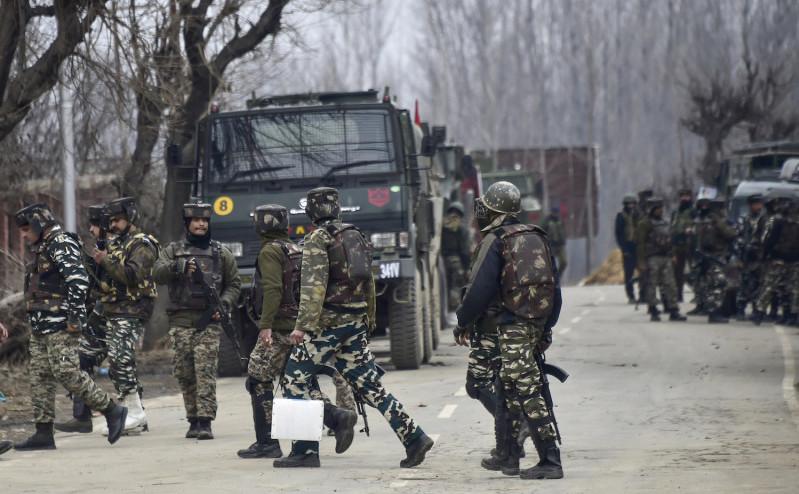Forţe de securitate indiene în Caşmir