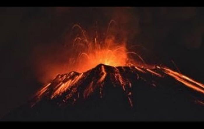 Vulcanul Popocatepetl din Mexic