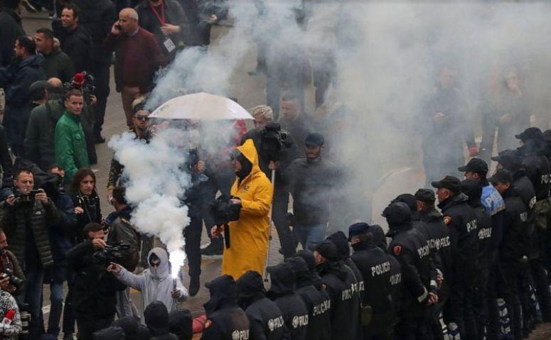 Protest anti-guvern în Tirana, Albania, 13 aprilie 2019