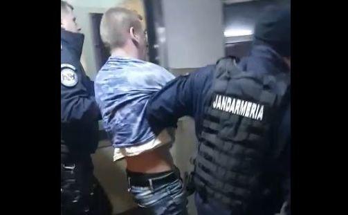 agresor ridicat de poliţie