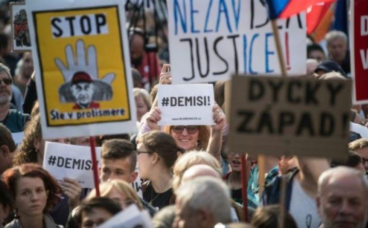 Protest în Praga împotriva ministrului justiţiei Benesova şi a premierului Babis, 21 mai 2019