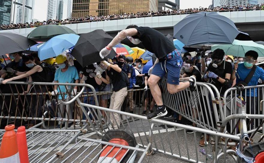 Hong Kong - noi proteste împotriva legii extradării către China