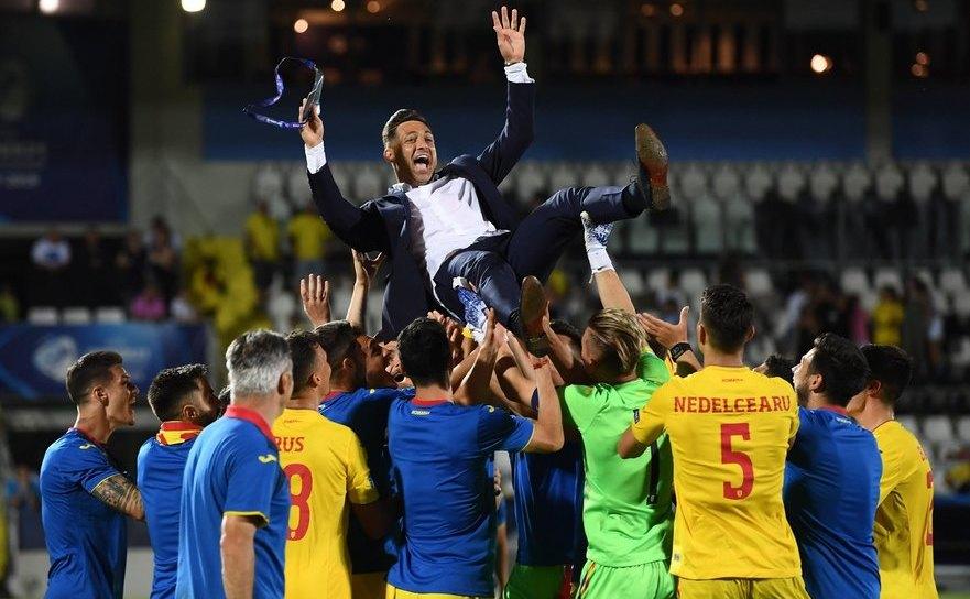 Bucuria tricolorilor după partida cu Franţa (0-0), rezultat ce le asigură prezenţa în semifinalele EURO U21.