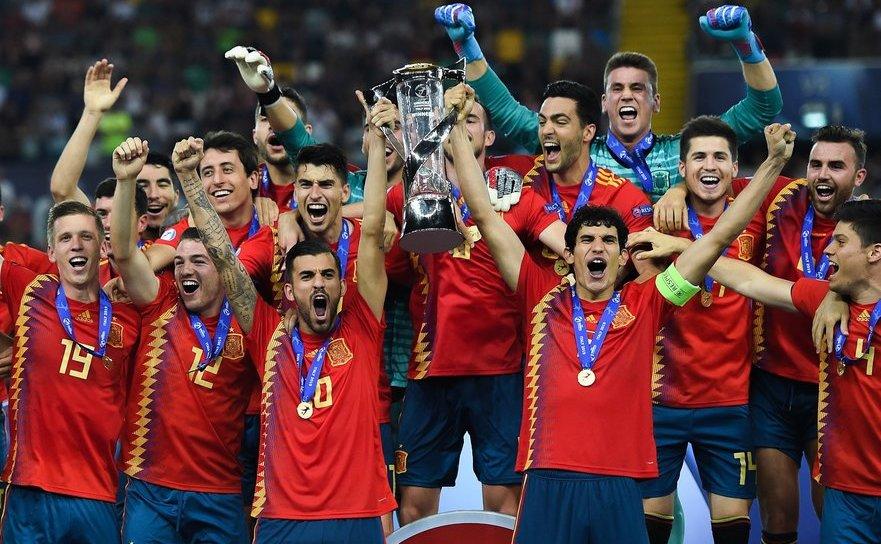 Selecţionata Spaniei, câştigătoarea Campionatului European de fotbal Under-21.