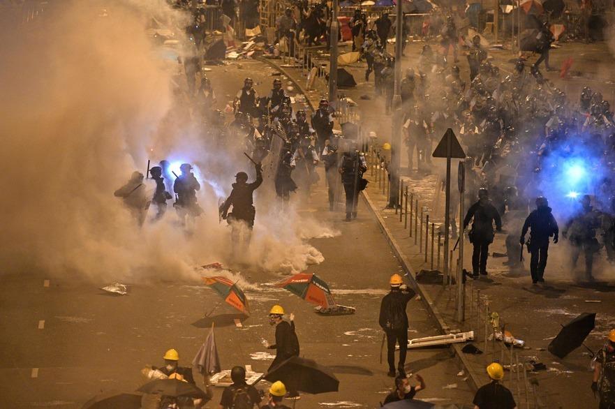 Proteste masive în Hong Kong, 2 iulie 2019