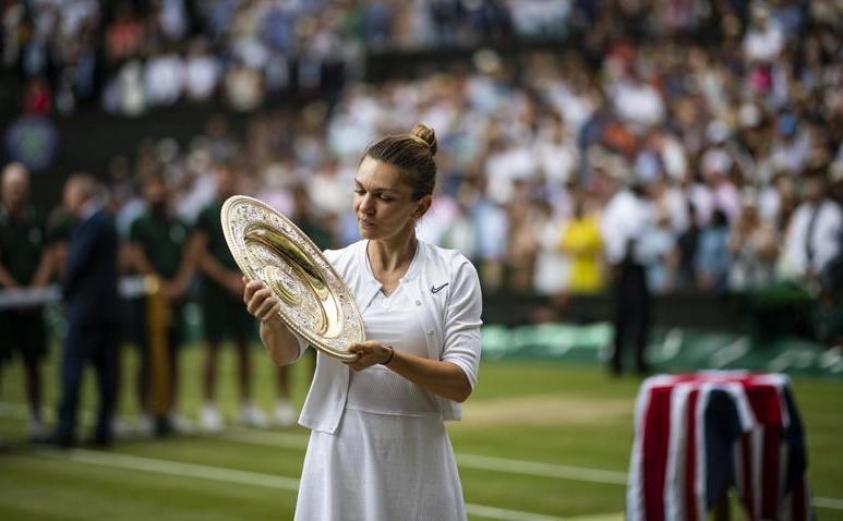 Simona Halep - campioană la Wimbledon 2019.