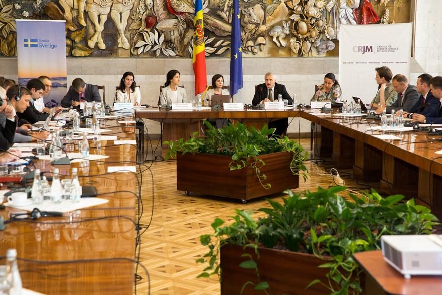 """Forumul """"Priorităţile Guvernului RM în domeniul justiţiei şi anticorupţie"""""""