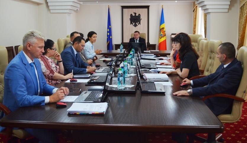Consiliul Superior al Magistraturii din R. Moldova condus de preşedintele interimar Dorel Musteaţă