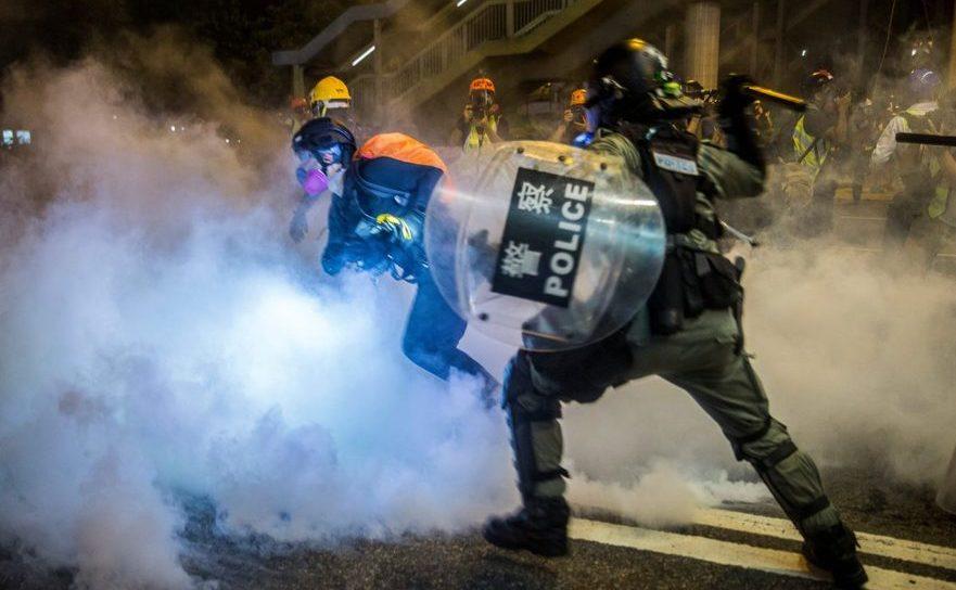 Ciocniri violente cu poliţia în Hong Kong, august 2019