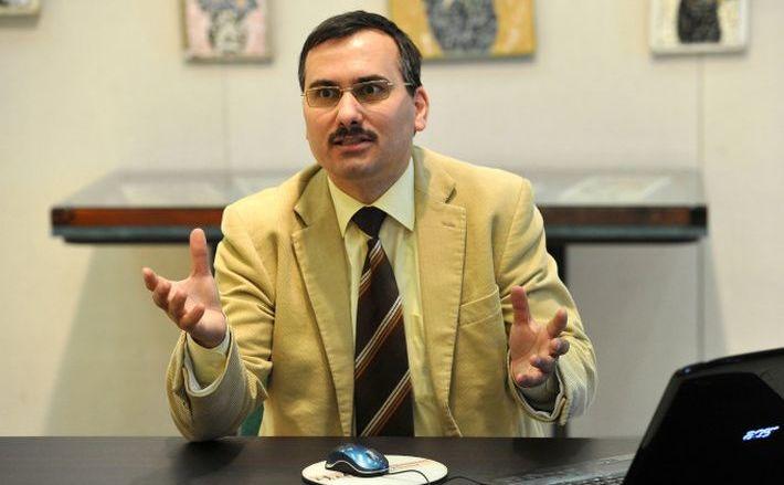 Preşedintele Alianţei Antidiscriminare a Tuturor Tăticilor, Bogdan Drăghici