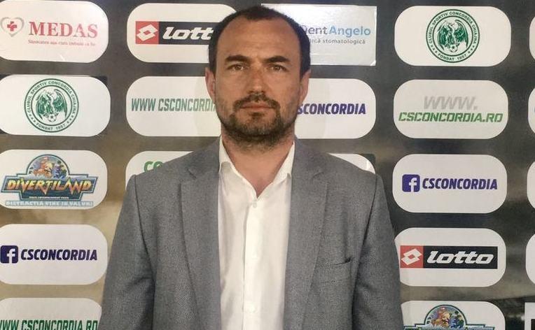 Tehnicianul român Ionuţ Badea.