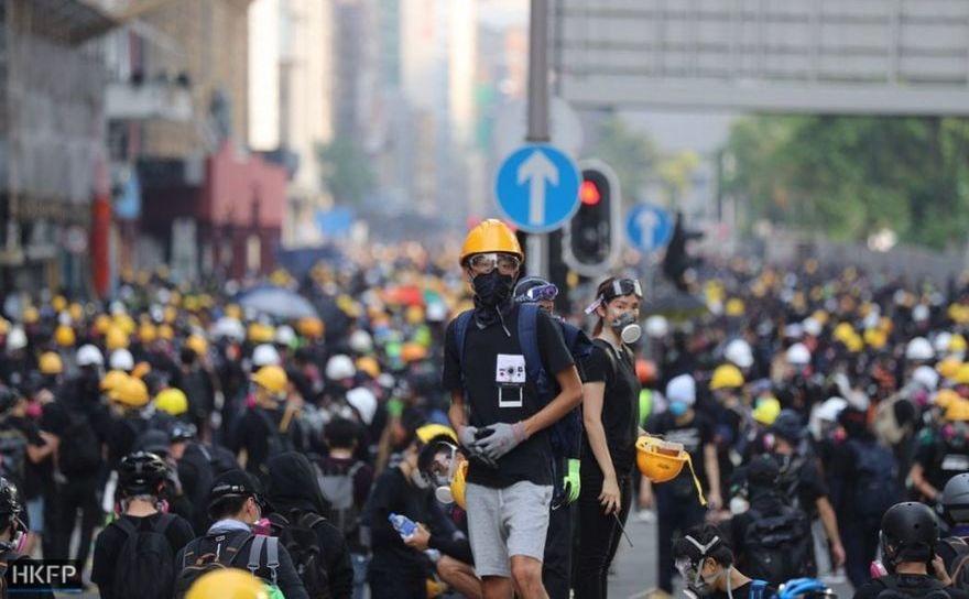 Ciocniri între manifestanţii pro-democraţie şi poliţie în Hong Kong, 24 august 2019