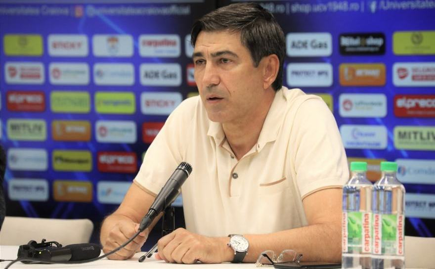 Antrenorul român Victor Piţurcă.