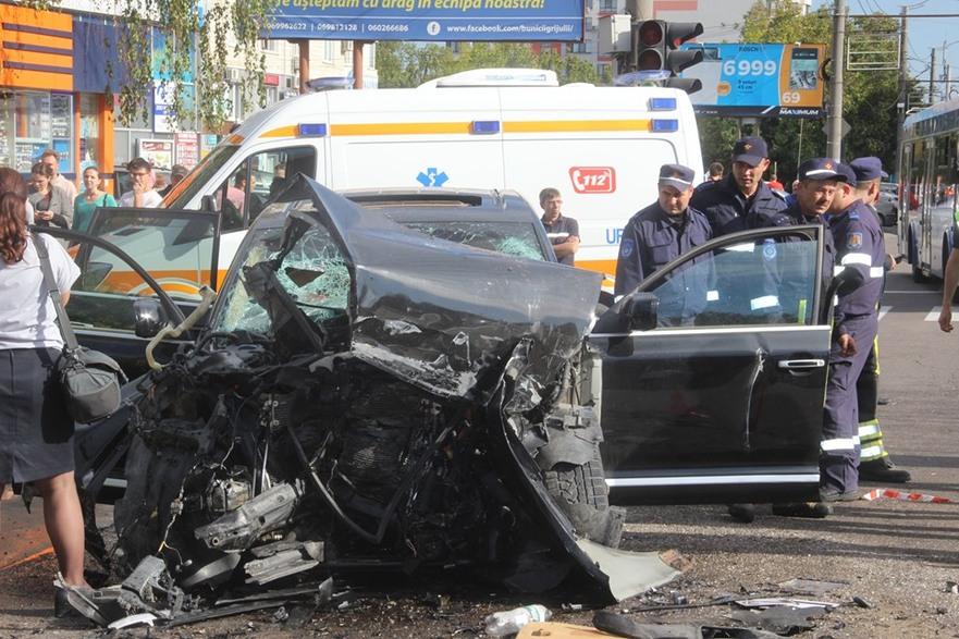 Grav accident de circulaţie la Chişinău
