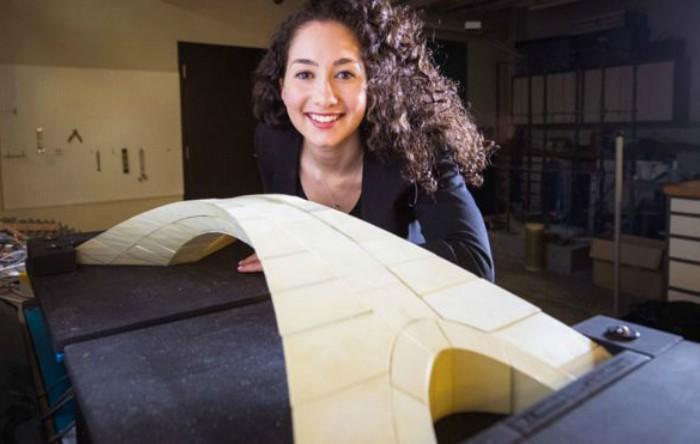 O replică la scara 1:500 a podului proiectat de Leonardo Da Vinci realizat cu o imprimantă 3D