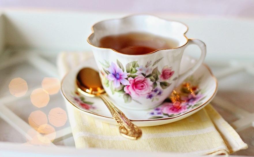 Cană cu ceai