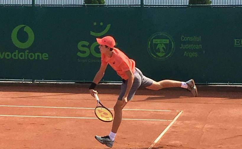 Tânărul jucător român de tenis Nicholas David Ionel.