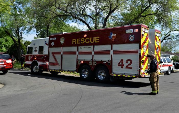 Vehicul special amenajat pentru activităţi de salvare