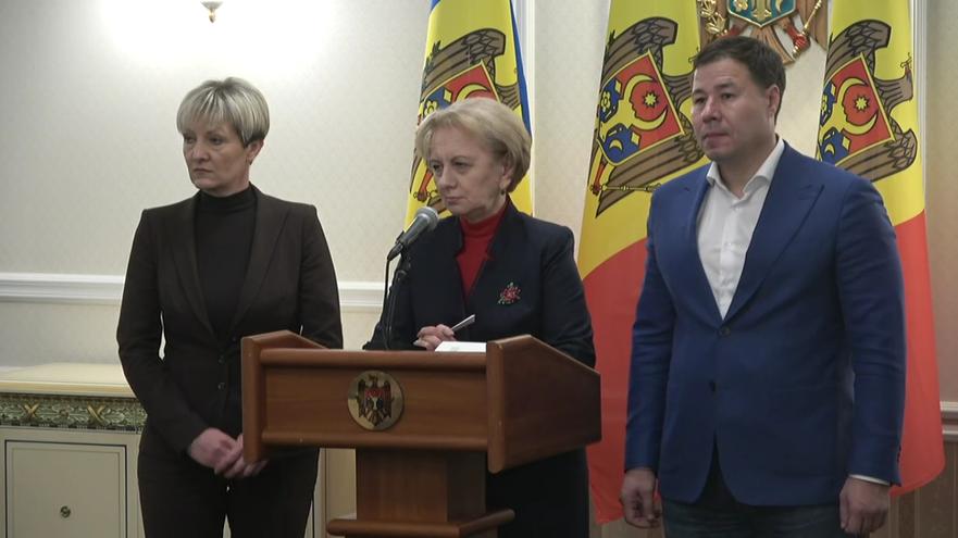 Deputaţi PSRM, Zinaida Greceanîi (centru)