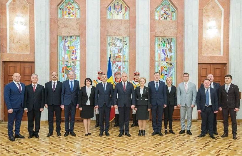 Noul Guvern de la Chişinău a depus jurământul