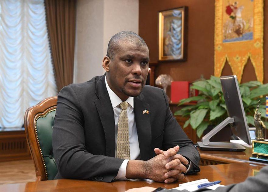 Dereck J. Hogan, ambasadorul SUA la Chişinău