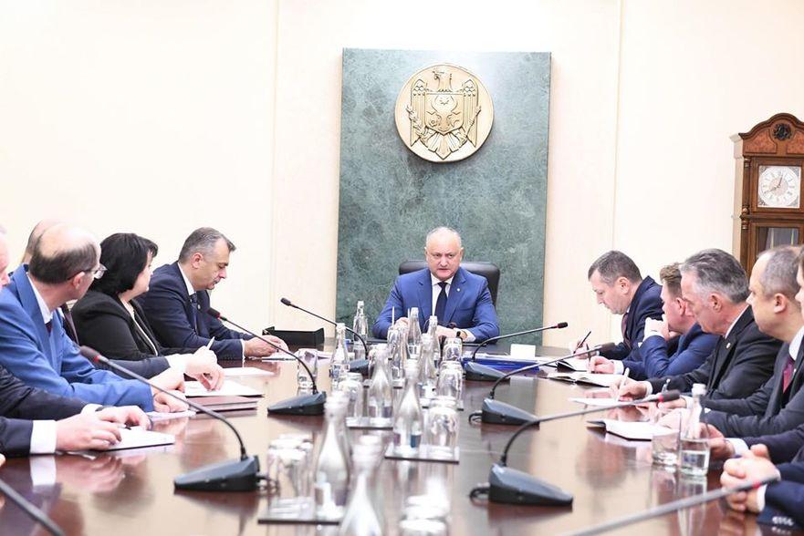 Igor Dodon, la întâlnire cu membrii Cabinetului Chicu, 15.11.2019