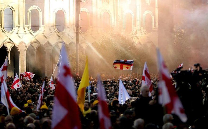 Manifestaţii în Tbilisi, societatea civilă cere schimbarea legilor electorale
