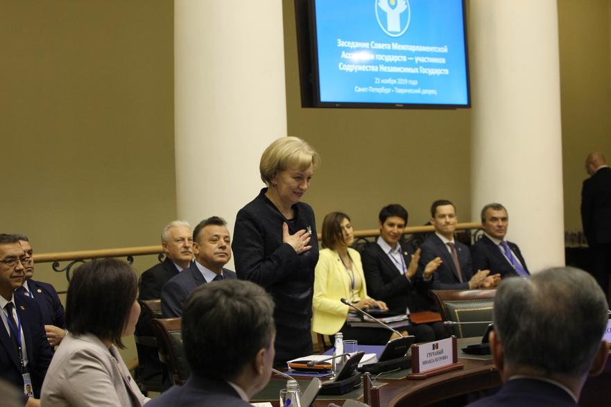 Zinaida Greceanîi, laAdunarea Interparlamentară a CSI