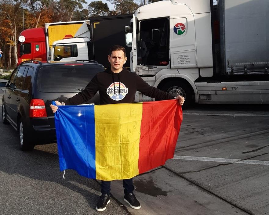 Troncota Constantin, românul din Germania care a ajutat şoferii români de TIR să ajungă la secţiile de votare.