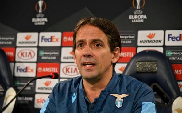 Antrenorul italian Simone Inzaghi.