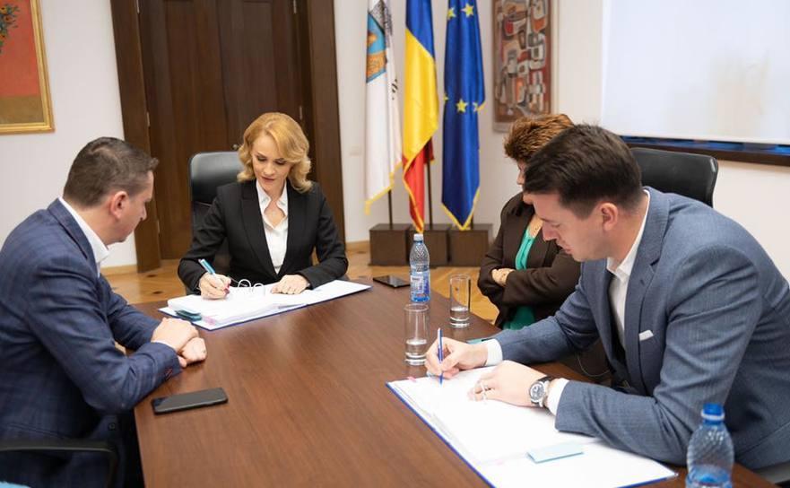Primarul Gabriela Firea a semnat contractul cu Termoenergetica Bucureşti S.A