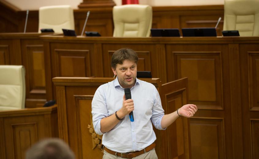 Dumitru Alaiba, deputat în Parlamentul R. Moldova