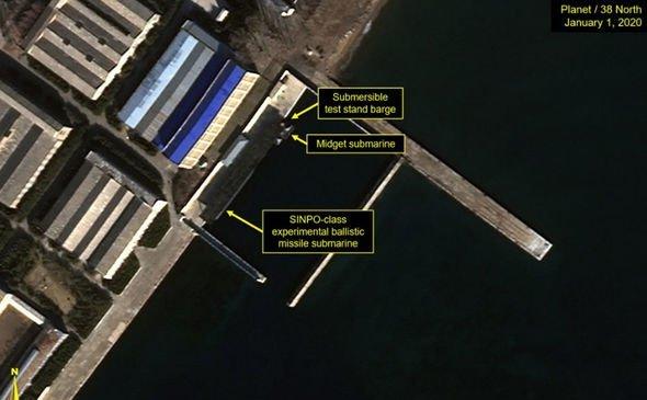 Imagini de satelit dezvăluie noi evoluţii la o bază de submarine a Coreei de Nord