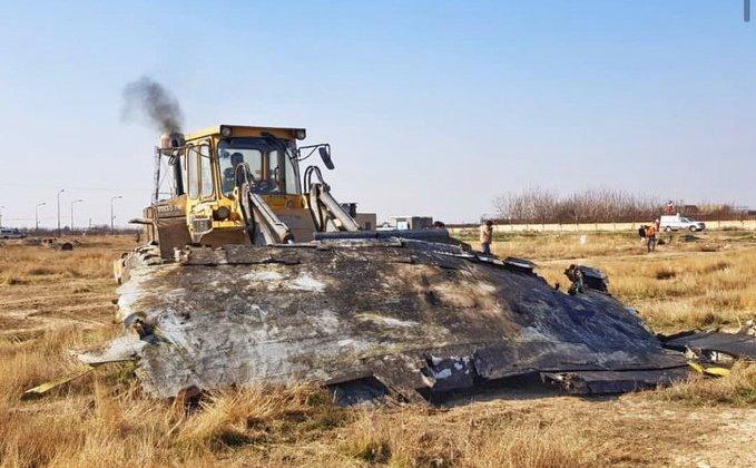 Iranul curăţă locul tragediei avionului ucrainean căzut cu buldozerele înaintea sosirii anchetatorilor internaţionali