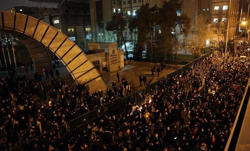 Proteste în Iran, cer demisia liderilor, după admiterea doborării avionului de pasageri ucrainean