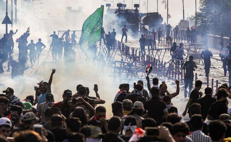 Proteste masive în Irak împotriva guvernului considerat sub influenţa Iranului