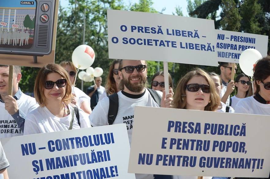 Jurnalişti din R. Moldova, la un protest de ziua presei