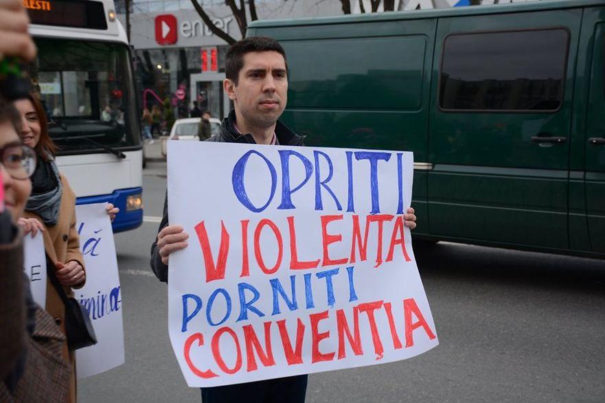 Mihai Popşoi, protest pentru ratificarea convenţiei de la Istambul