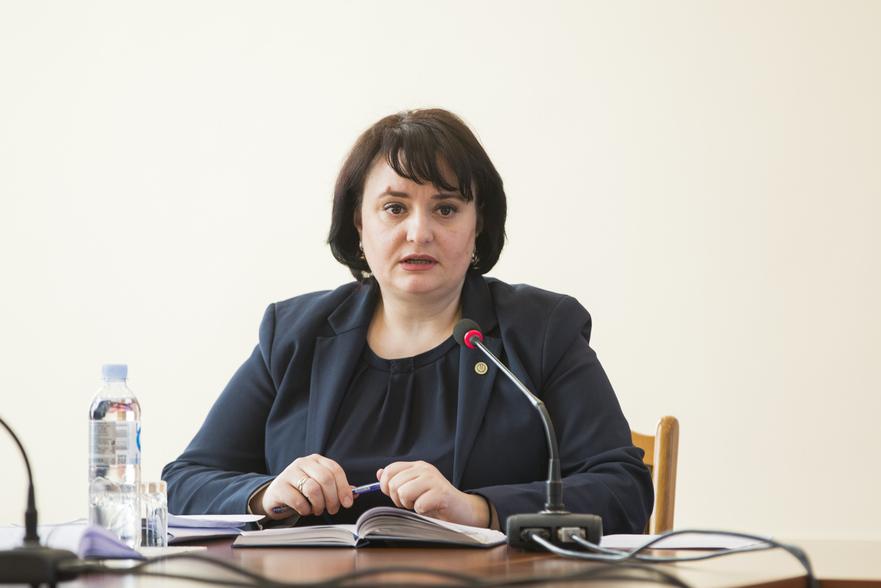 Viorica Dumbrăveanu, ministrul Sănătăţii, Muncii si Protecţiei Sociale