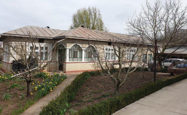 Casa in care e firma care vinde statului roman 1,7 milioane de masti