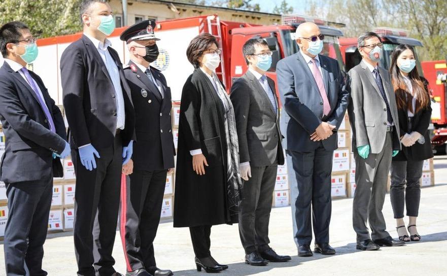 Arafat si o delegatie chineza