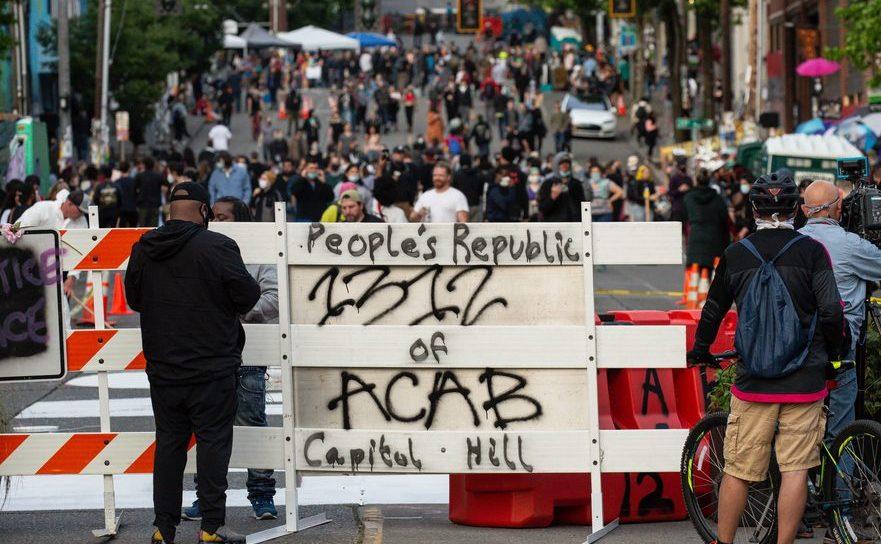 """Revoluţionarii de stânga şi """"Republica Populară Autonomă Seattle"""""""